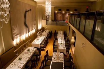 Globe-Bistro-dining-area