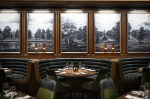 Reign-Restaurant-and-Bar-at-the-Fairmount-Royal-York
