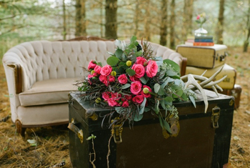 Styling &amp; furniture: <a href=http://www.warehouse84.ca>Warehouse 84</a>. Florals: <a href=http://www.myoohlaladesigns.ca>Ooh La La Designs</a>. Photo: <a href=http://www.greenautumn.ca>Green Autumn Photography</a> &#8221; title=&#8221;&amp;nbsp;Styling &amp; furniture: <a href=http://www.warehouse84.ca>Warehouse 84</a>. Florals: <a href=http://www.myoohlaladesigns.ca>Ooh La La Designs</a>. Photo: <a href=http://www.greenautumn.ca>Green Autumn Photography</a> &#8221; class=&#8221;box&#8221; /><small style=