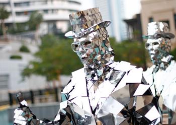 Mirror Men from Creativiva